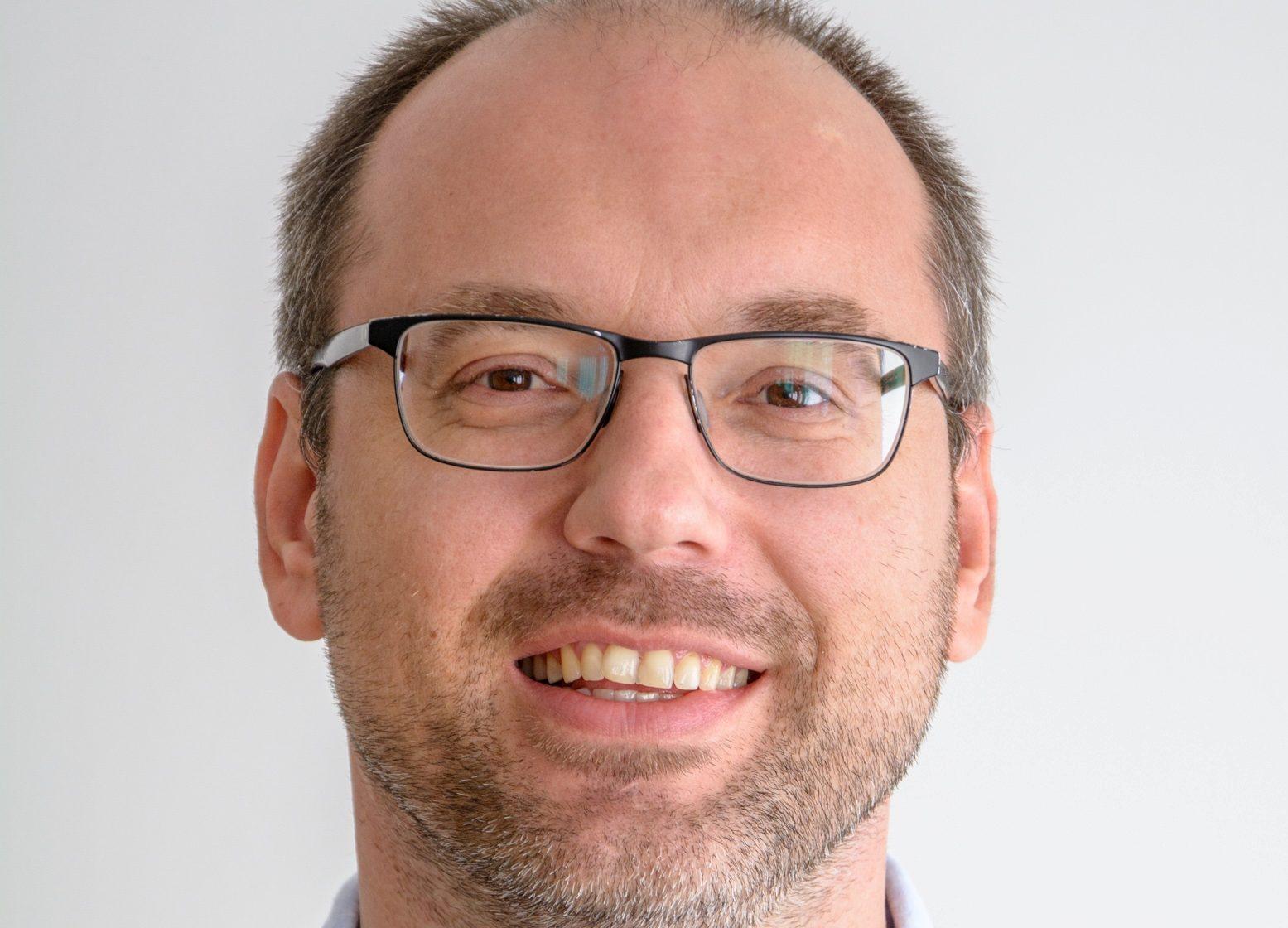 Prof. Tobias Lindner