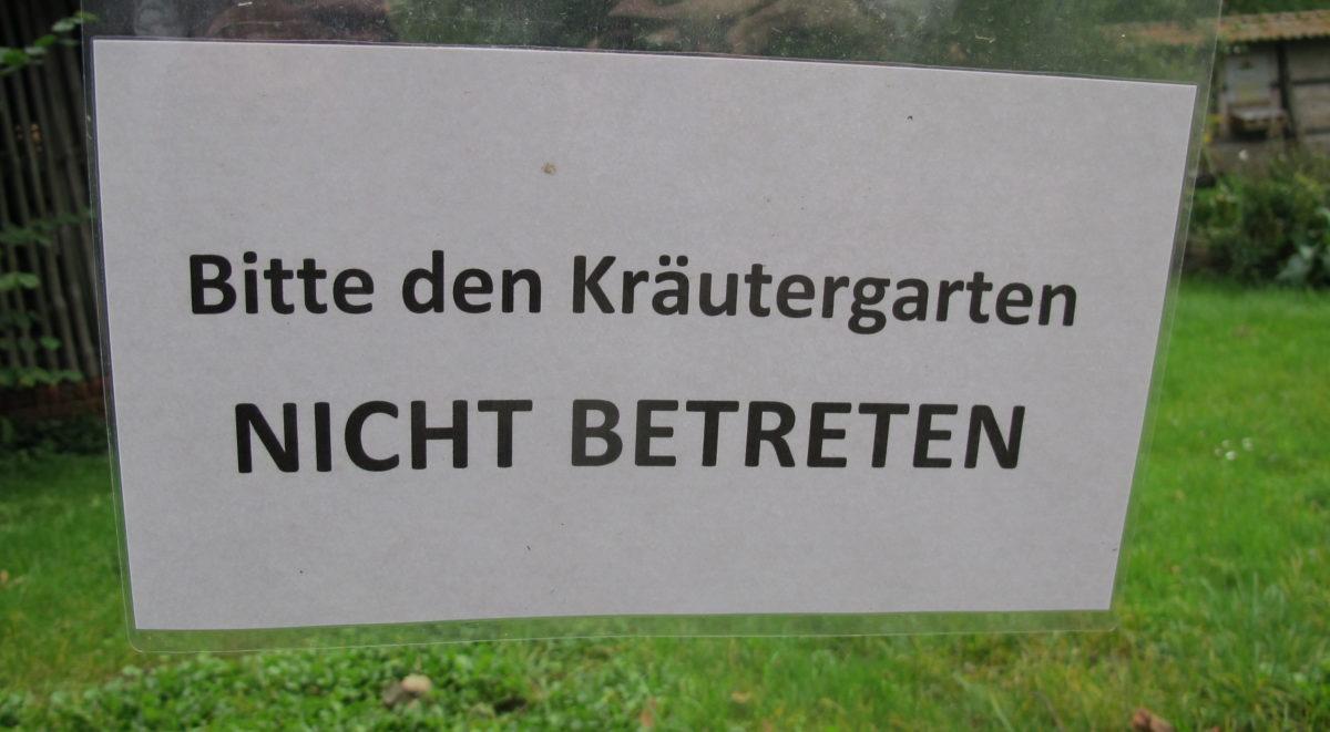 """""""Baustelle"""" Kräutergarten, Foto W. Menge 2017"""